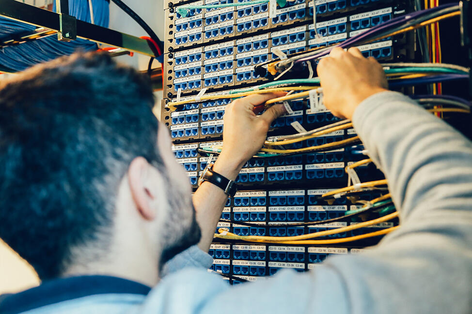 Hardware & Networking photo