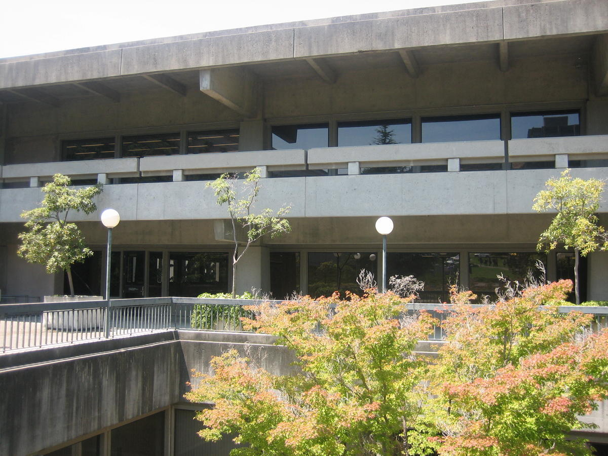 Moffitt Library photo