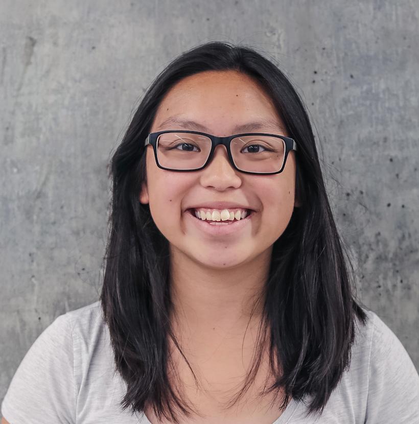 Elizabeth Leong, Desktop Consultant