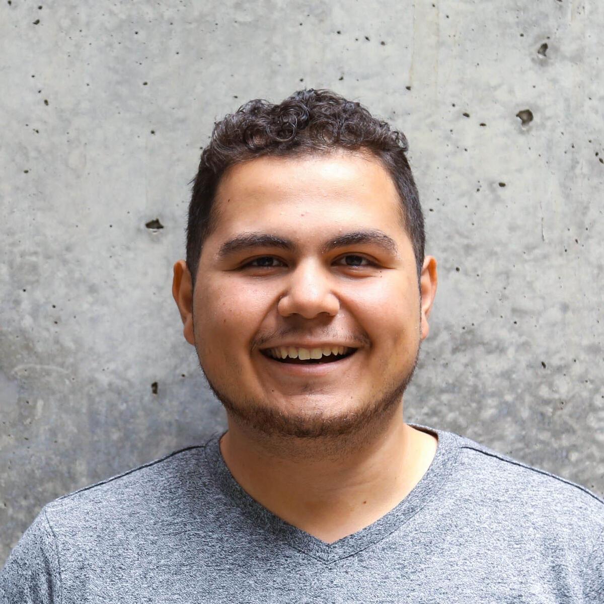 Mauricio Madrigal-Avina, Student Technology Consultant
